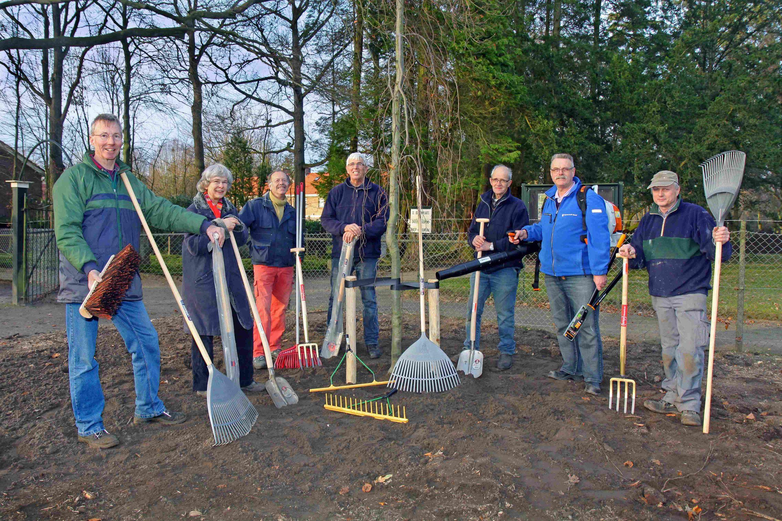Treurbeuk geplant 18 dec 2013, Werkgroep herstel begraafplaats Roeterdsweg