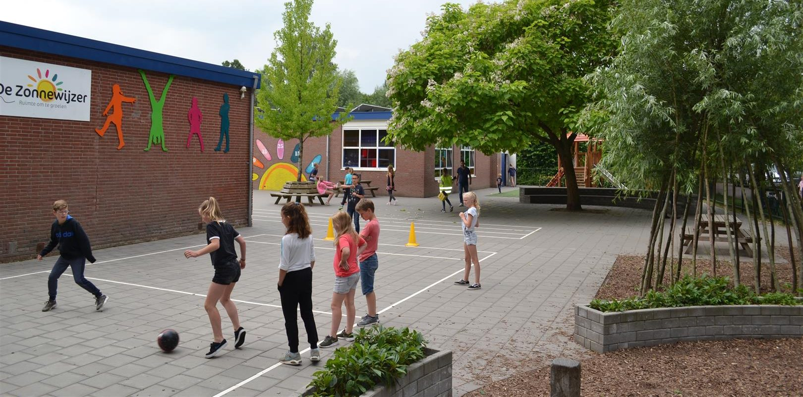 schoolplein zonnewijzer (Large)